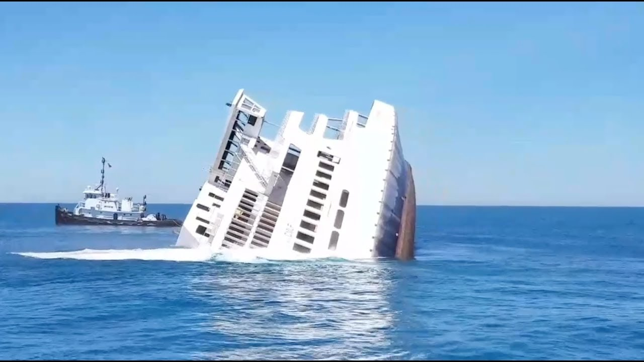 Sinking Mv Twin Capes Cape May Ferry Youtube
