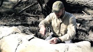 Black Scout Quick Tips - Best Homemade Fire Starter (Aluminum Foil Fire Nugget)