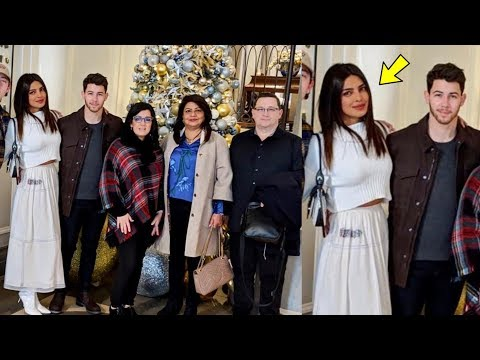 Aw! Priyanka Chopra and Nick Jonas celebrate their First Christmas after marriage with Family