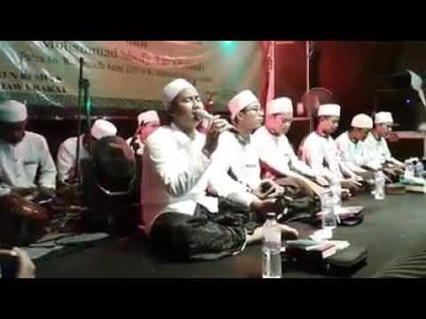 Al-muqtashidah feat ridwan asyfi-rohman ya Rohman live PP kempek cirebon