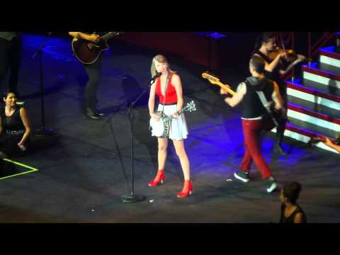 Mean - Taylor Swift (Red Tour Manila)