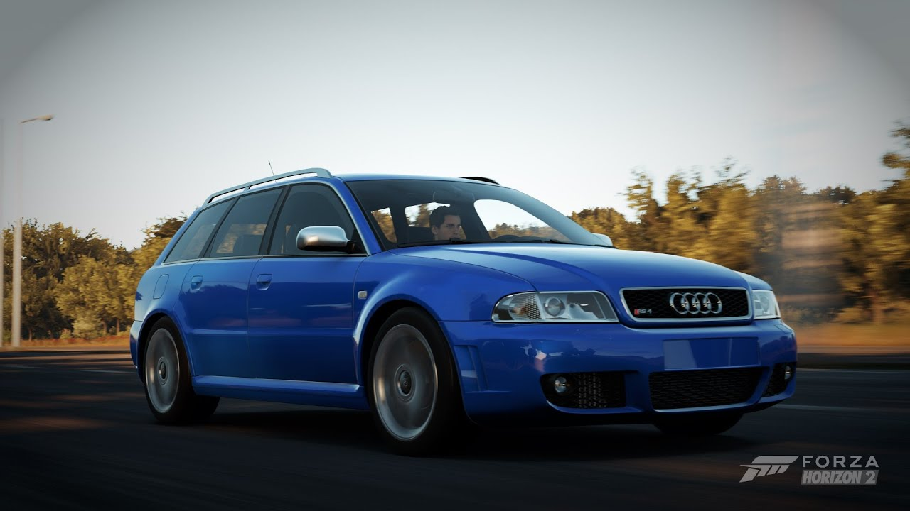 Audi rs4 avant wagon 14