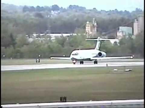 AirTran Airways Boeing 717 takeoff