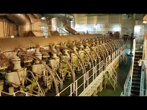 Worlds largest ship engine - 14 Cylinder - 14RT Flex96C Tier II