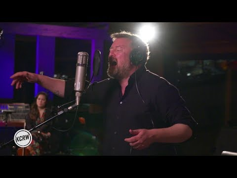"""Elbow performing """"Grounds For Divorce"""" Live on KCRW"""