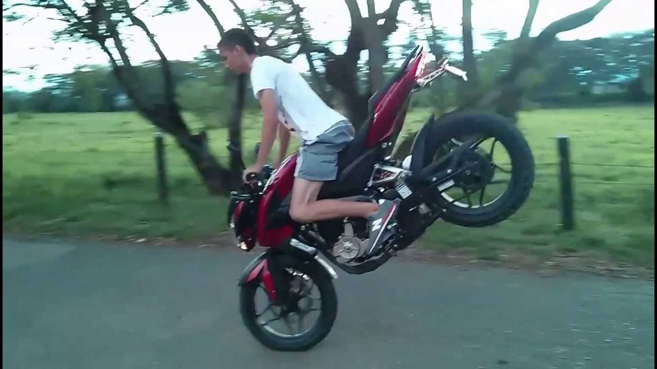 Pique stunt 200 ns empezando youtube for Spiegel 200 x 100