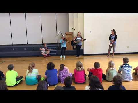 Check Elementary School Students Demo Old-Time Music (Part 3)