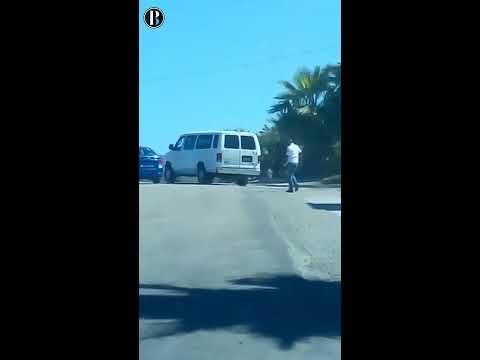 Taxista provoca que un Uber se accidente en Los Cabos