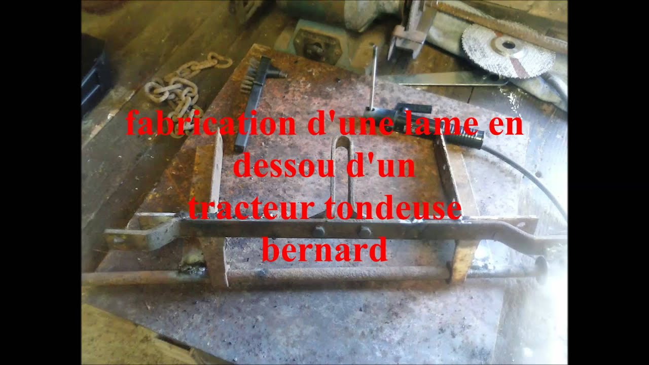 fabrication d 39 une lame garder sur tracteur tondeuse youtube. Black Bedroom Furniture Sets. Home Design Ideas