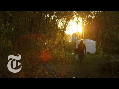Growing Organic Food 'Sin Fronteras' | Taste Makers | The New York Times
