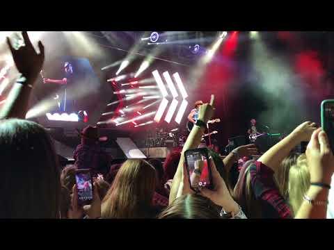 Jason Aldean Jiffy Lube Live August 2017