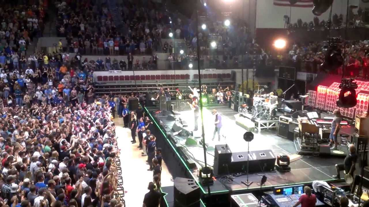 Pearl Jam Rockin In The Free World Adams Center
