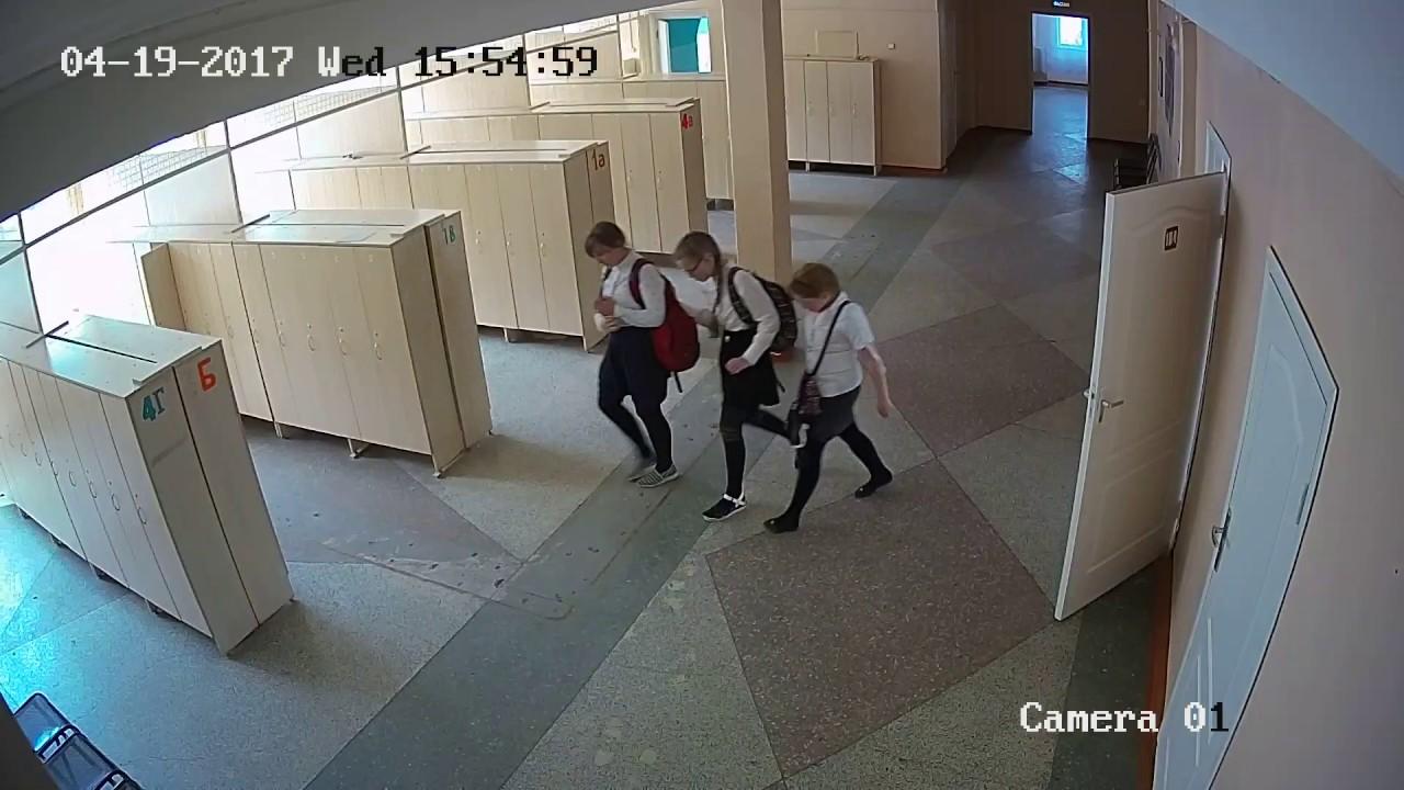 Что творится в школьной раздевалке :  странные бывают дети ♡♥♡♥