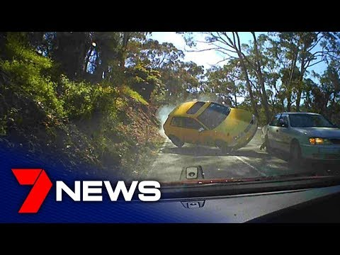 Dash cam captures heart-stopping Greenhill Rd overtake gone wrong   Adelaide   7NEWS