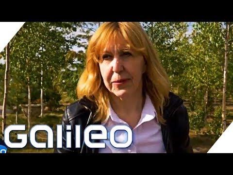 Junge Frau steckt im Körper eines alten Menschen | Galileo | ProSieben
