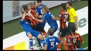 Добірка найзапекліших футбольних бійок