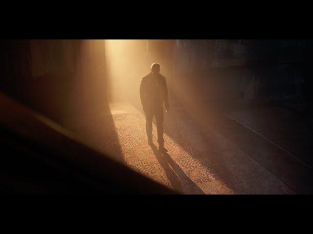 Loco Escrito - Triste (Official Video)