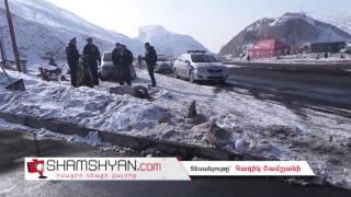 Չայնիի ոլորանում կին վարորդը Hyundai ով կոտրել է գազալցակայանի տարծքում տեղադրված մի քանի արձանիկներ