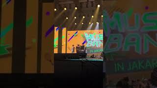 Video Baekhyun Mark Irene Bogum Yerin Zelo throw shuttlecock Music Bank in Jakarta 170902 download MP3, 3GP, MP4, WEBM, AVI, FLV Desember 2017