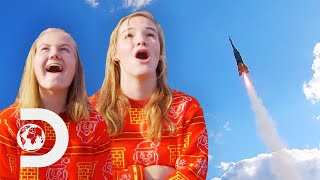 College Students Deliver Christmas Mail Using a Rocket! | Rocket Around The Christmas Tree