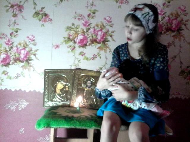 Изображение предпросмотра прочтения – ЕсенияУлашук читает произведение «Казачья колыбельная песня» М.Ю.Лермонтова