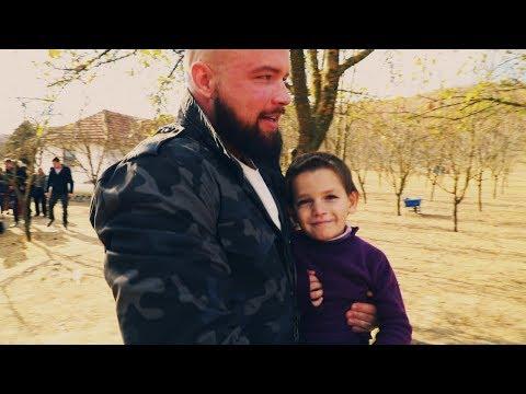 Kollegah und Gent im Kosovo