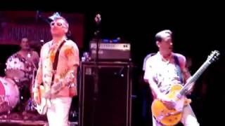 Me First and the Gimme Gimmes: Stairway To Heaven/Ghostriders In The Sky