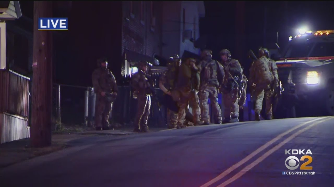 Download Officials Surround Home In Washington County