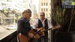 THE PARTLAND BROTHERS - DIVINE INTERVENTION (BalconyTV)
