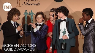 Stranger Things Cast: Press Room Q&A P.2 | 23rd Annual SAG Awards | TNT