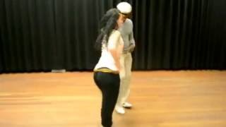 Repeat youtube video Cubaanse Salsa ( Baile de Casino) Dansleraren Jose & Csilla Sabor de Cuba in A'dam & H'lem.