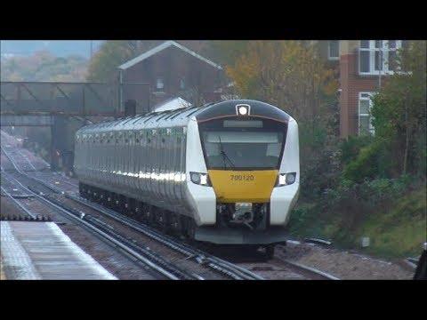 Trains @ Horley Railway Station - 11th November 2017