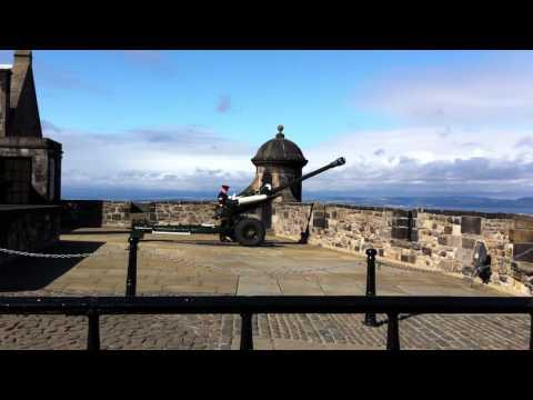 Edinburgh Castle One O Clock Gun