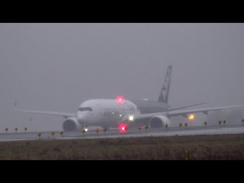 **Amazing spool up** Airbus A350 XWB take-off in Paris CDG for the first time