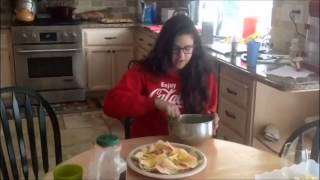 How To Make Cheesy Nachos With Tater Tots