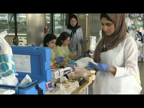 Coronavirus: Qatar residents get prescriptions at drive-thru pharmacy | AFP