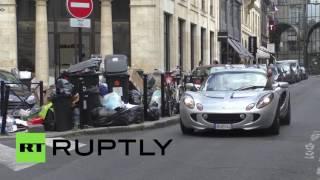 Бордо погряз в мусоре из-за забастовки рабочих против трудовой реформы