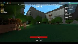 Hide and seek tix011 is hiding (Roblox Maze runner)