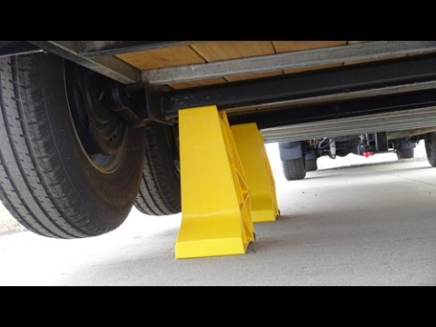 Trailer Legs review for lifting your trailer to preserve tires, bearings and trailer maintenance