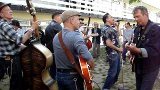 Rockabilly Rave 2013 • outdoor chalet jamming 2
