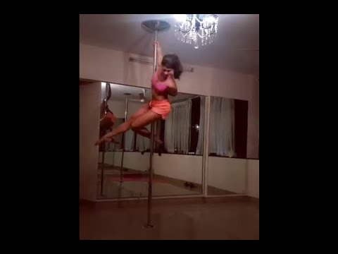 jacqueline fernandez shares her midnight pole dance session on instagram thumbnail