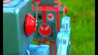 Watch Futureheads Robot video