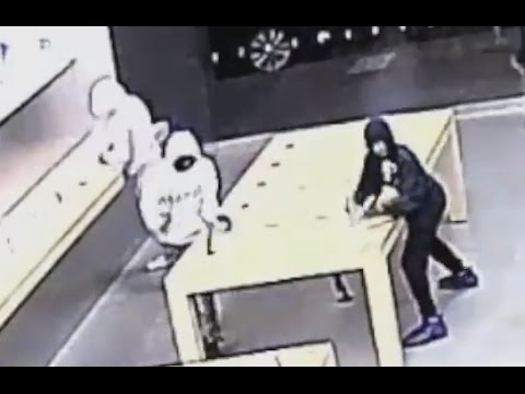 Apple Store Robbery CAUGHT ON TAPE