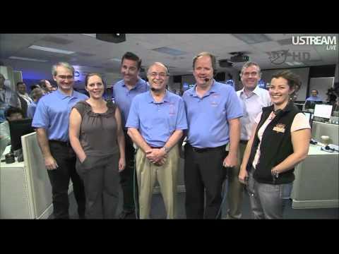 Obama calls Curiosity team at JPL to congratulate them, 13 August 2012