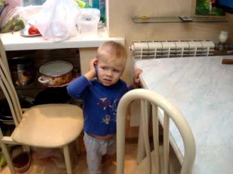 Ребенок начинает говорить на своем языке