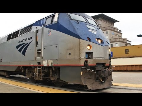 Thumbnail: Amtrak California Zephyr to Chicago; Roomette and Train Tour