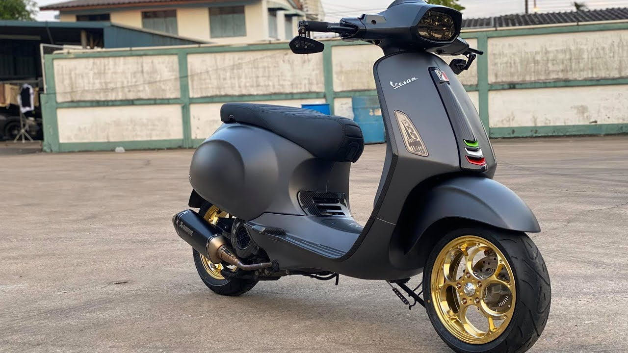 วัยรุ่นอิตาลี รีวิวVespa Sprint 150 ของแต่งเป็นแสน!!