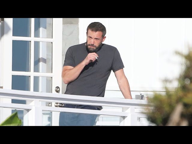 Ben Affleck Quells His Stress With A Smoke On Ana De Armas' Film Set