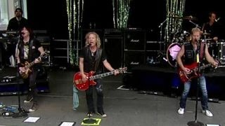 Night Ranger performs