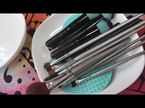 ASMR Relaxing Makeup Brush Cleaning 「Headphones recommended 」